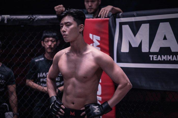 Dàn diễn viên nam của Tầng lớp Itaewon (Itaewon Class): Đẹp trai, tài năng, sở hữu body cực phẩm, vạn người mê ảnh 2
