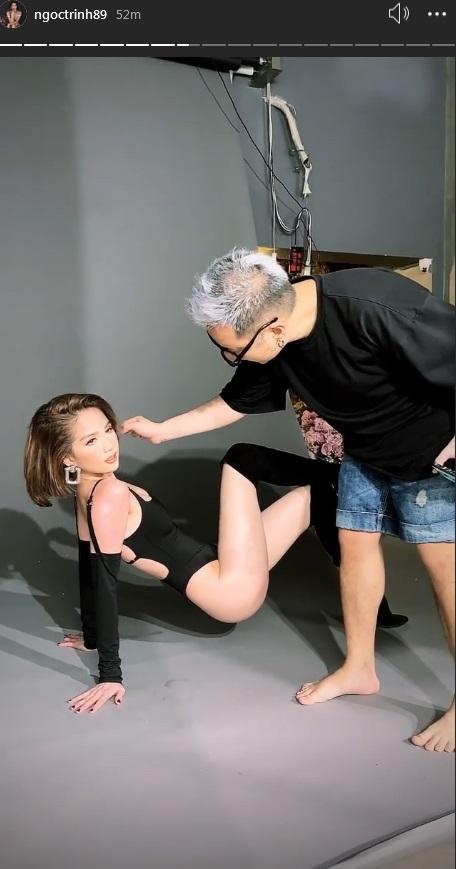 Giúp Ngọc Trinh chụp ảnh nội y, NTK Chung Thanh Phong vô tư sờ vùng nhạy cảm-2