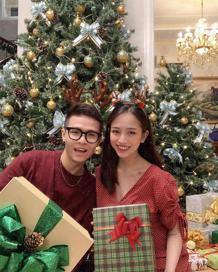 Con gái Minh Nhựa 'chơi lớn' tặng chồng loạt quà 'khủng' dịp Valentine 0