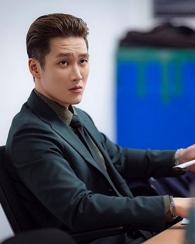 Hậu 'Itaewon Class', lượt theo dõi kênh Youtube của Ahn Bo Hyun tăng 60 lần, 'ác nam' vui mừng khi đọc bình luận… 'ném đá' 0