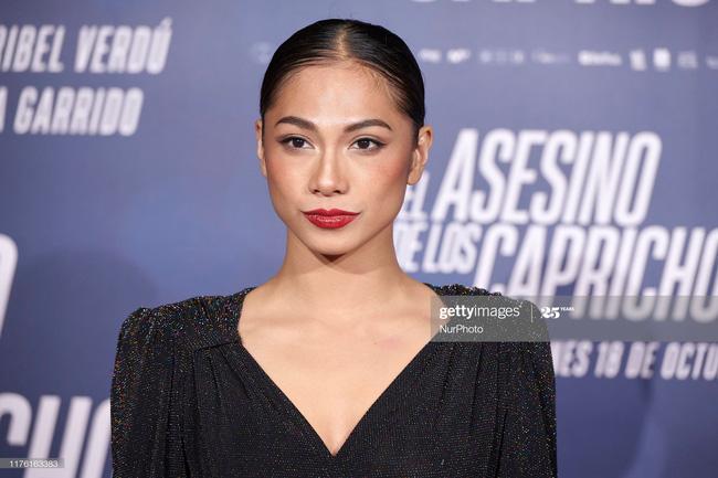 Nữ chính đóng cảnh cưỡng bức tập thể trong phim kinh dị hot 'The Platform': Người gốc Châu Á, chụp ảnh khỏa thân gây sốc 0
