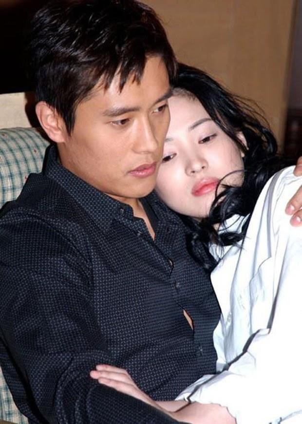 Những người đàn ông đi qua cuộc đời Song Hye Kyo: Kẻ lăng ...
