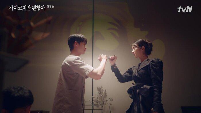 'It's Okay To Not Be Okay' của Kim Soo Hyun 'ăn gạch' vì có đề cập đến scandal của BIGBANG, cùng nhiều cảnh nhạy cảm 1