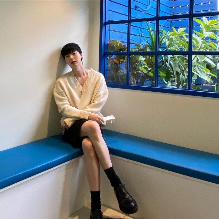 Ahn Jae Hyun bỗng 'trổ bóng' sau khi Goo Hye Sun 'xuống tóc' 0